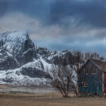 Blue-and-red-house-Lofoten